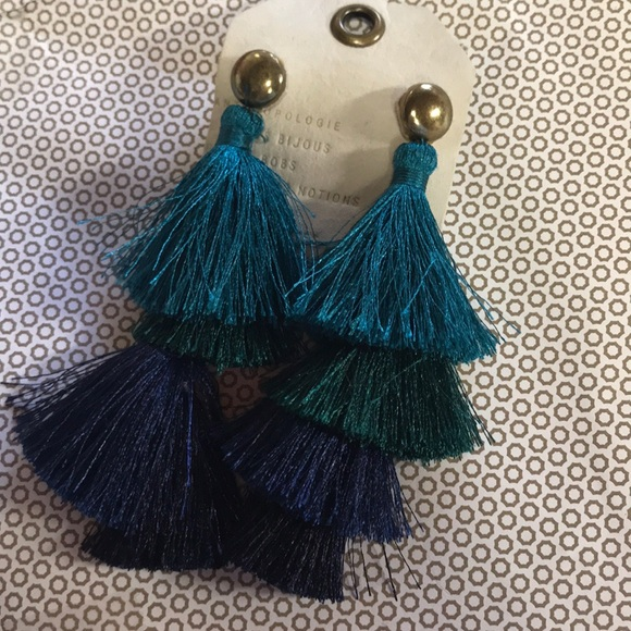 Anthropologie Cha Cha tasel earrings new 🌟🌟